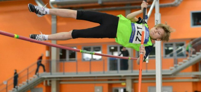 Rando Kleimann võitis TV 10 Olümpiastarti poiste noorema vanusegrupi teivashüppe