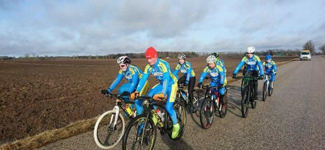 Caspar Austa kutsub harrastajaid jalgrattatreeningule