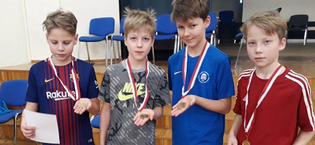 Lauatennisistid olid edukad koolidevahelistel võistlustel