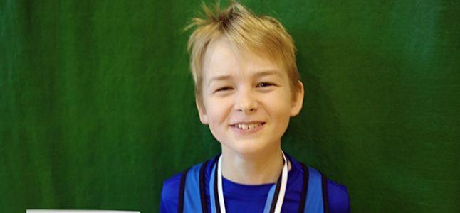 Morris Ploomipuu tuli tõstmise U13 Eesti meistriks